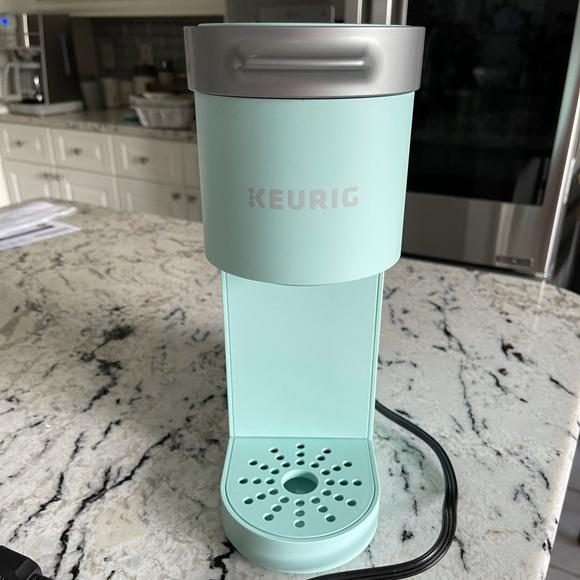 Keurig single pod coffee maker